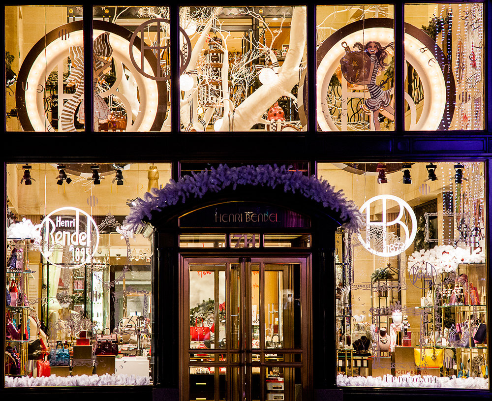 Henri-Bendel-Holiday-Windows-2015-2