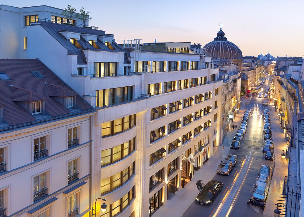 paris-exterior-rue-saint-honore-2