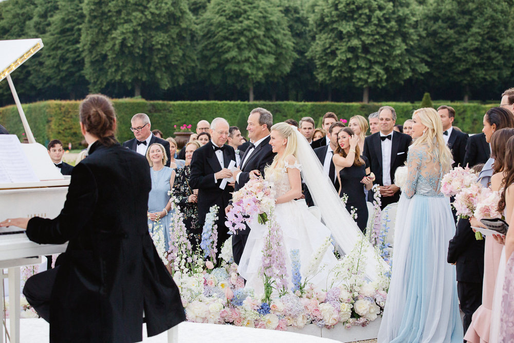 Paris chateau wedding at Vaux le Vicomte - Bride walking down the isle