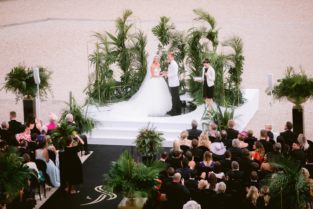 Wedding ceremony in Paris - by Sumptuous Events