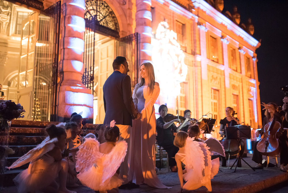 Luxury marriage proposal at Chateau Vaux le Vicomte
